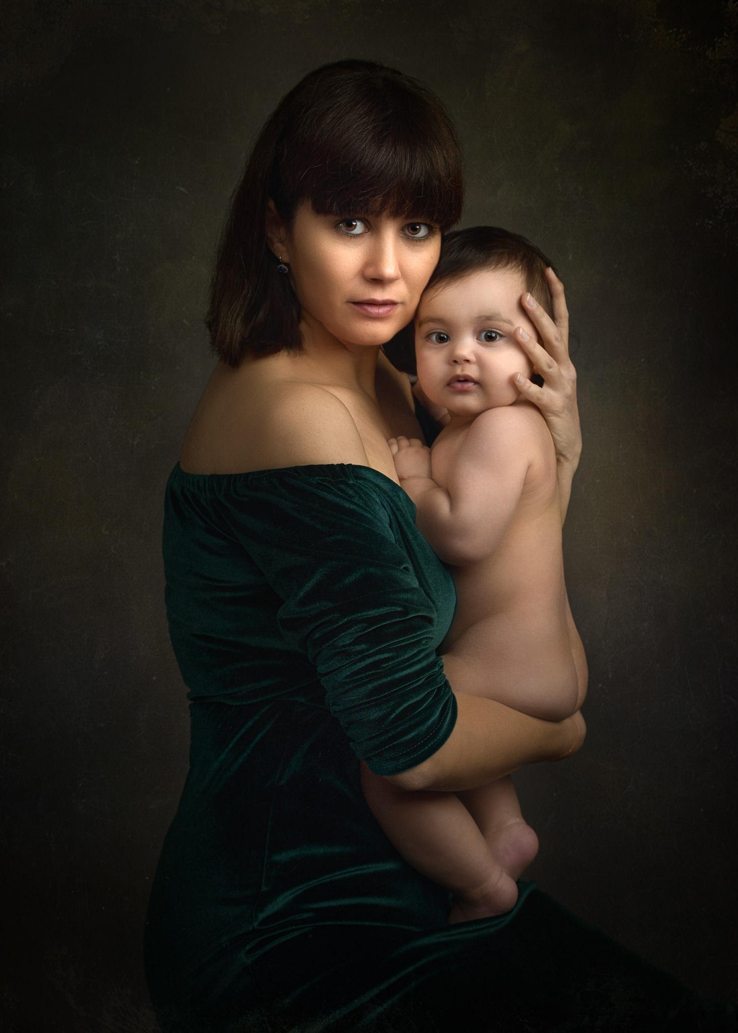 Claudiu Guraliuc @ Family Portrait Academy