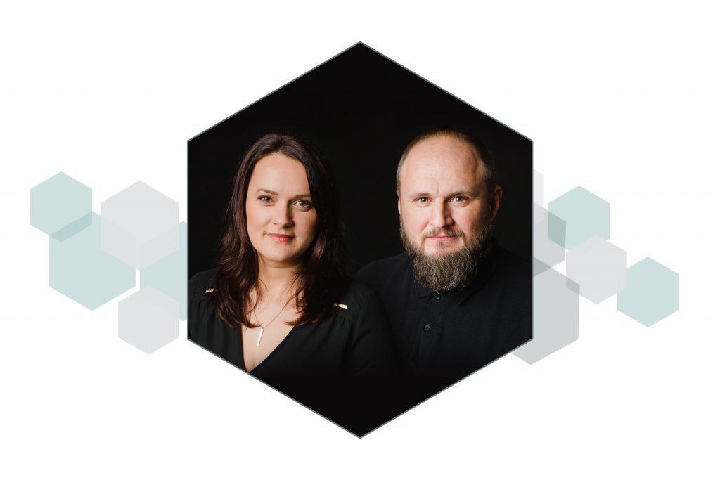 OLGA VUȘCAN & ANDREI ALEXA – Lumini de Studio (ÎNCEPĂTORI)